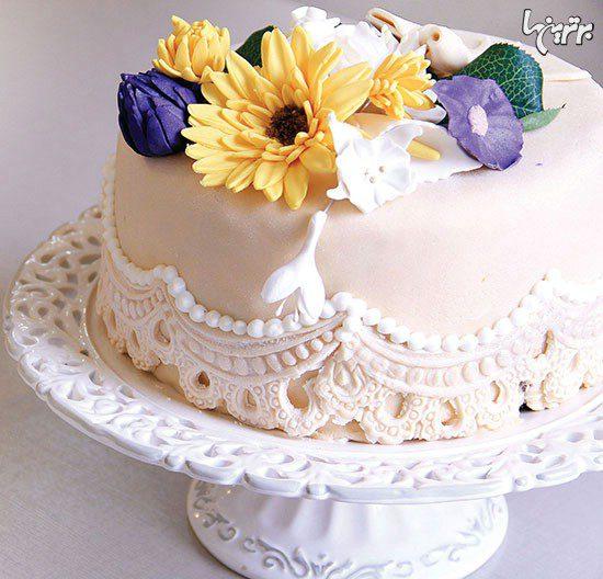 آموزش مرحله به مرحله تزیین کیک با خمیر فوندانت