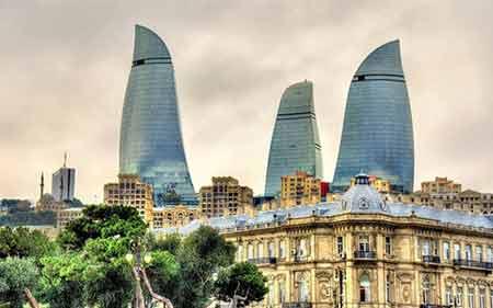 برجهای شعله از مکانهای دیدنی باکو (+تصاویر)