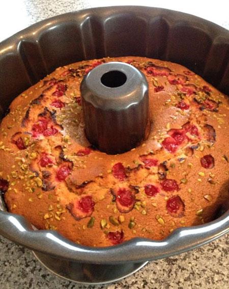 طرز تهیه کیک پسته ای یوهانس بر آلمانی, نحوه پخت کیک پسته ای
