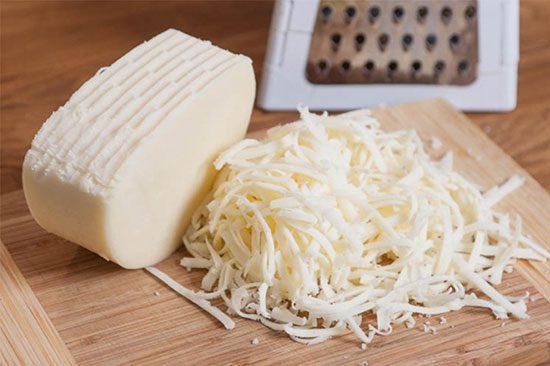 طرز تهیه پنیر پیتزا خانگی