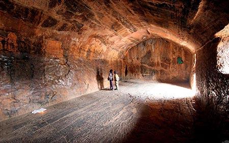 اسرار هند,عجیب ترین اسرار هند,گنج پنهان غارهای سون باندر