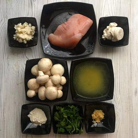 آموزش مرحله به مرحله تهیه خوراک مرغ با سس قارچ