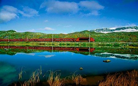 زیباترین مسیرهای قطار,مسیرهای قطار زیبا,قطار برگنسبانن