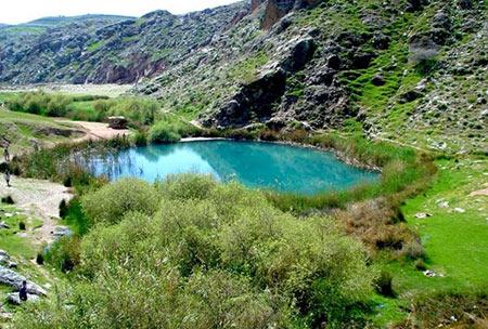 دریاچه دوقلوی سیاه گاو,دریاچه دوقلوی سیاه گاو کجاست,عکس های دریاچه دوقلوی سیاه گاو
