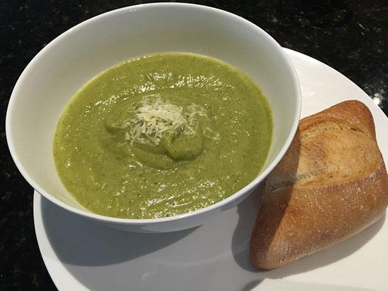 طرز تهیه سوپ بروکلی و سیب زمینی