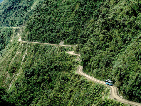 جاده مرگ,جاده یونگاس,عجایب گردشگری