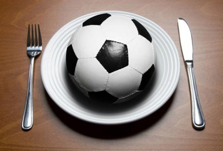 فوتبال,اهمیت تغذیه در ورزش,برنامه غذایی فوتبالیست ها